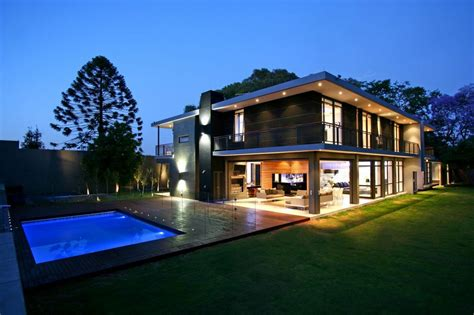 Luxury Contemporary Homes Modern House modern homes