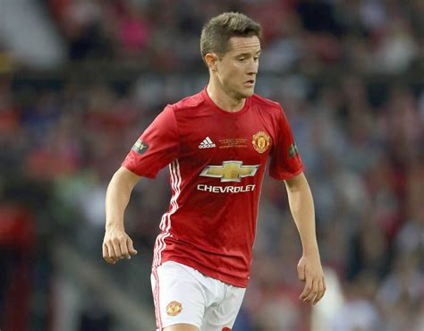 79 ander herrera fifa 365 ander herrera fifa 17 player ratings manchester united
