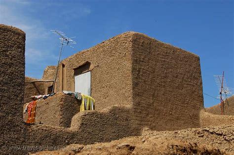 adobe brick house pictures of mali djenne 0012 adobe mud brick house