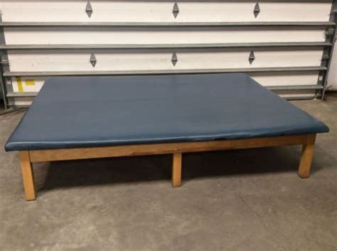 physical therapy table used used bailey unknown physical therapy table for sale