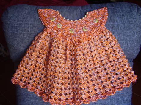 crochet vestido para nena a ganchillo hecho por tasha vestidos vestido en ganchillo crochet botoncitos hecho