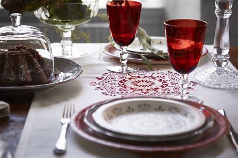ikea piatti e bicchieri ikea la collezione di natale trasforma ogni giorno in una