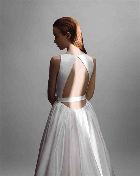 Wedding Attire Tips by 10 Wedding Dresses With Insanely Beautiful Details