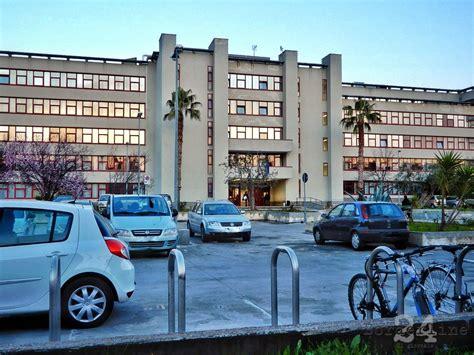 uffici giudiziari bari bari condannato pedofilo adescava bambine su