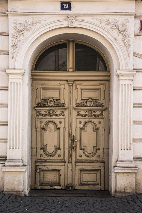Republic Doors by 570 Best Prague Doors Dve蝎e V Praze Images On