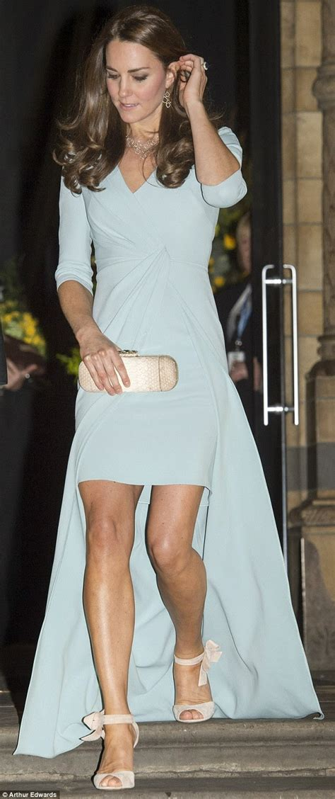 Designer Clock kate middleton shows off toned legs in a jenny packham