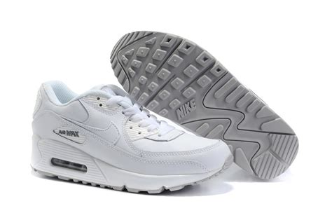 sports shoes on sale cheap nike air max 90 sports shoes white on sale