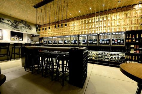 tasting room city centre the 10 best restaurants near crowne plaza tel aviv city center
