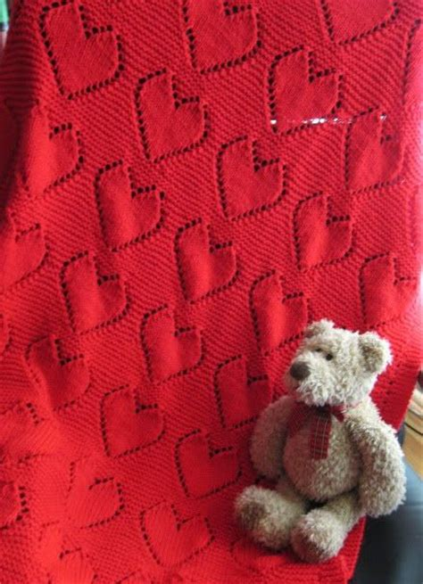 heart pattern baby blanket knit big hearts baby blanket free knitting patterns