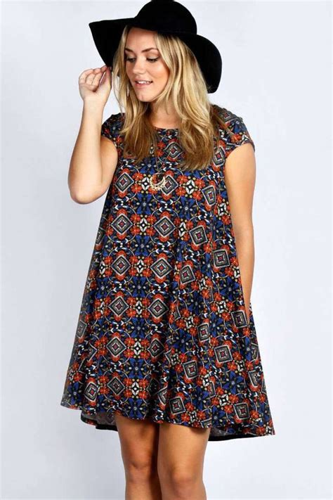 how to accessorize plus size summer dresses