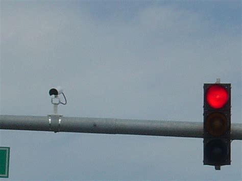 what s sensor traffic light santa clara san mateo