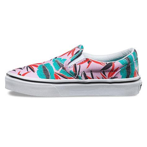 sneakers on sneakers vans classic slip on tropical leaves pink