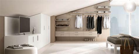 cabine armadio in mansarda armadio battente 5 ferri mobili armadio per mansarda