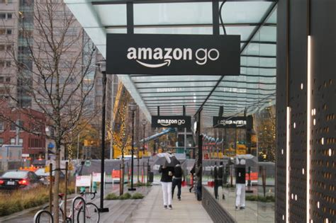 amazon retail how amazon go works the technology behind the online