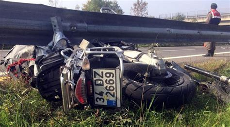genc pilot motosiklet kazasinda  verdi