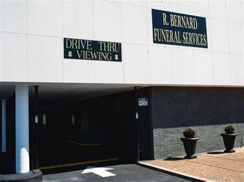 midwest funeral home drive thru viewing comes to funeral home