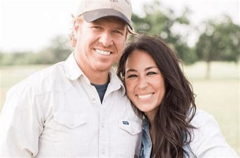 chip and joanna gaines facebook chip and joanna gaines reveal why they almost left waco