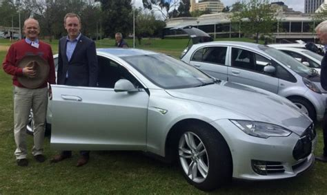 Electric Vehicles Australia Incentives 40 Free Electric Vehicle Charging Stations For Adelaide
