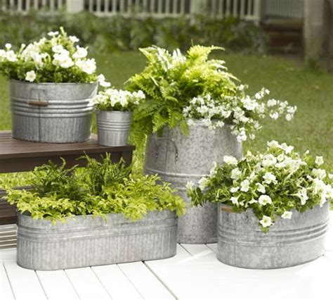 Metal Planters by Top 25 Best Metal Planters Ideas On