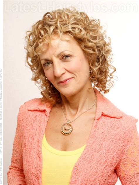 curly short shag hairstyles from the 70 and 80 34 best fine curly hair images on pinterest fine curly