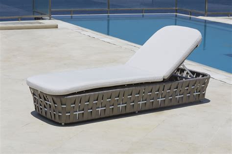 skyline chaise strips chaise lounger skyline design