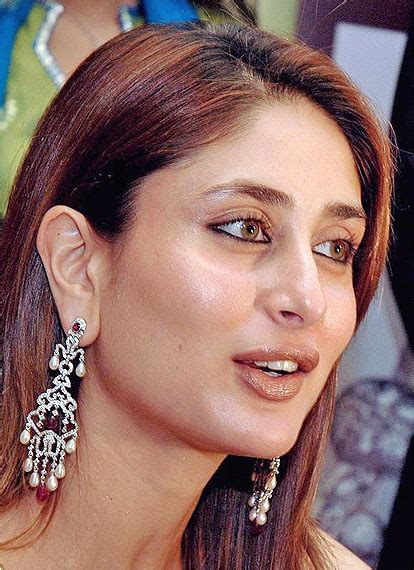 bollywood kareena kapoor hot cool wallpaper