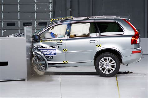 xc90 test 2014 volvo xc90 earns top safety pick status w video