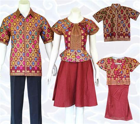 Dress Katun Anak Anak Lengan Panjang Plus Bando baju batik sarimbit keluarga modern berupa baju papa