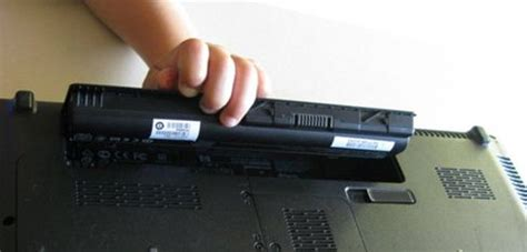 reset your battery laptop how to replace or change your laptop battery deskdecode com