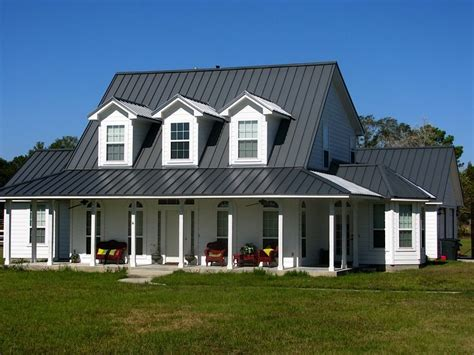 Metal Roof House Color Combinations by Metal Roofs Of Aluminum Shake And Standing Seam