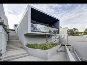 Modern Box House la house modern box house designed with beautiful modern ladscape