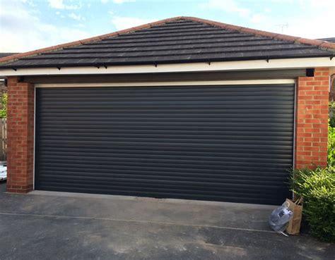 porte de garage a enroulement pas cher porte de garage enroulable pas cher avec les meilleures