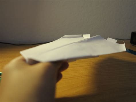 how to make the stormbreaker paper airplane