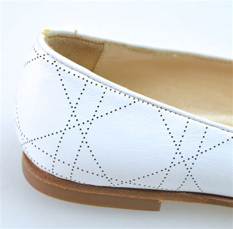 ballerina flats shoes white leather code