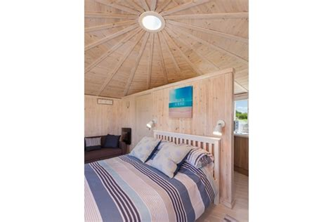 Last Minute Coastal Cottages Uk by Coastal Cabins Gling Self Catering Accommodation 10