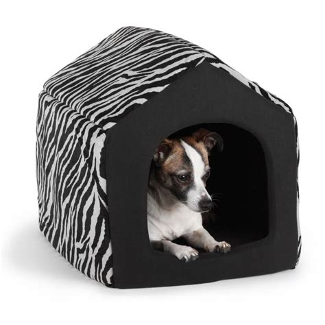 enclosed dog bed 1000 ideas about cute small houses on pinterest small