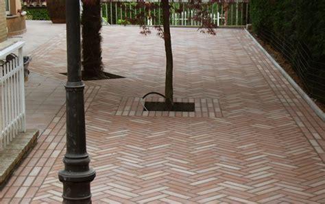 gruppo bea piastrelle gaeta michele posa in opera pavimenti rivestimenti