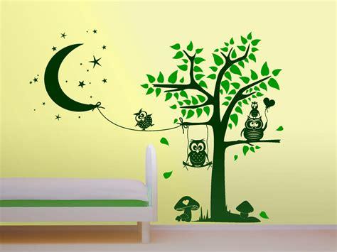 Wandtattoo Kinderzimmer Junge Baum by Wandtattoo Putzige Baumlandschaft Mit Eulen Wandtattoo Net
