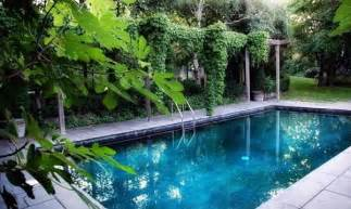 Garden With Swimming Pool In Backyard Design Felmiatika Com Pool Garden Design
