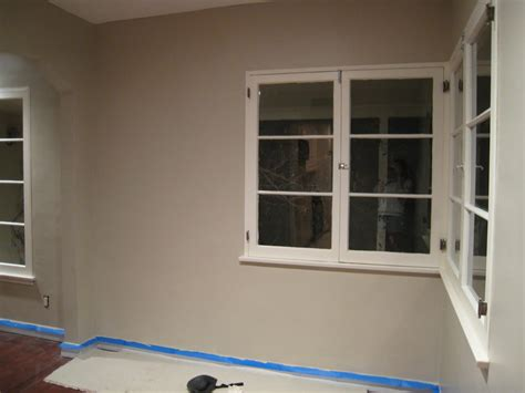 benjamin smokey taupe l benjamin taupe and living rooms