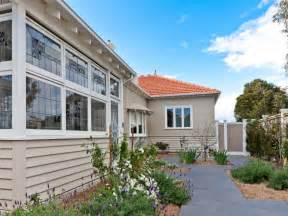Need Help With Exterior Paint Colors » Home Design 2017