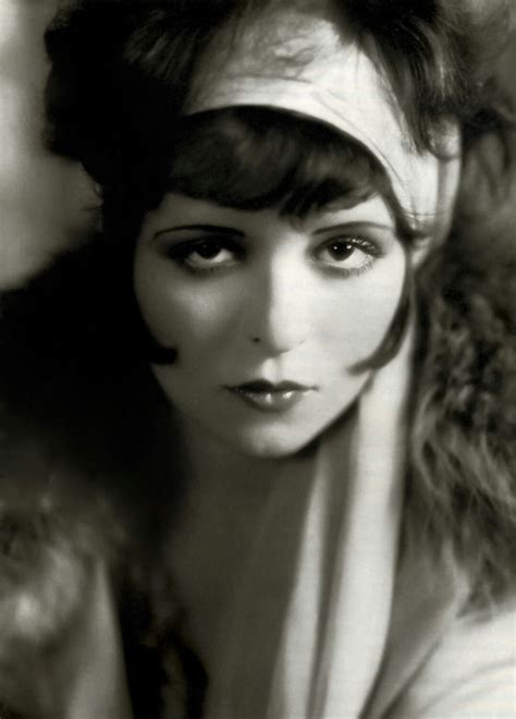 famous actor with long hair 1920 silence is platinum miss clara bow