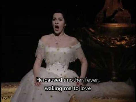 vissi d arte vissi d testo brindisi la traviata angela gheorghiu roberto alagna