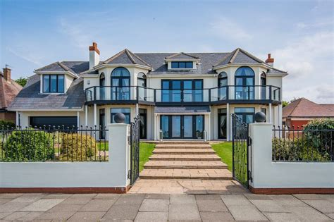 14 bedroom house for sale 5 bedroom detached house for sale waterloo road birkdale southport pr pr8 2nd