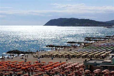 consolato di spagna in italia le ambasciate italiane si attivano per favorire il turismo