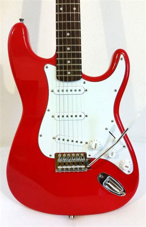 imagenes de guitarras rojas reyes magos rockeros
