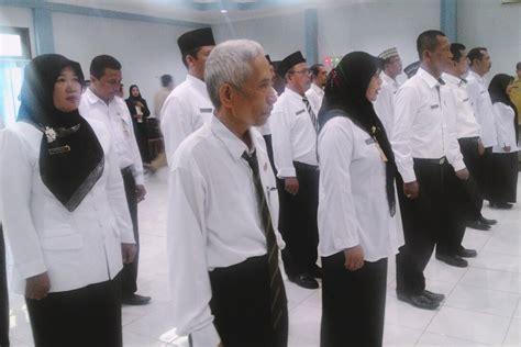 Menjadi Kepala Sekolah Profesional By Mulyasa malang merdeka abah anton kukuhkan 18 guru yang ditugaskan jadi kepala sekolah