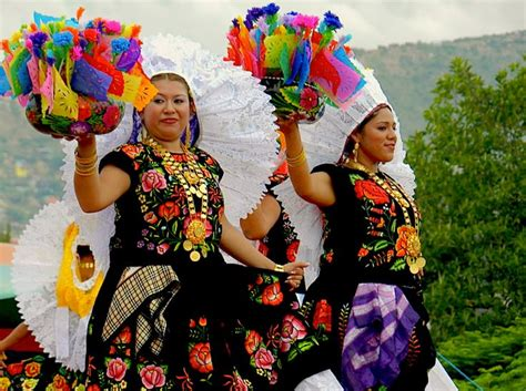 44 best before parade images 70 best images about traditional mexican costumes on