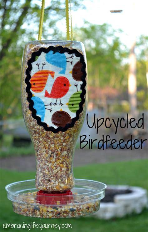 Upcycled Birdfeeder ? Totally Green Crafts