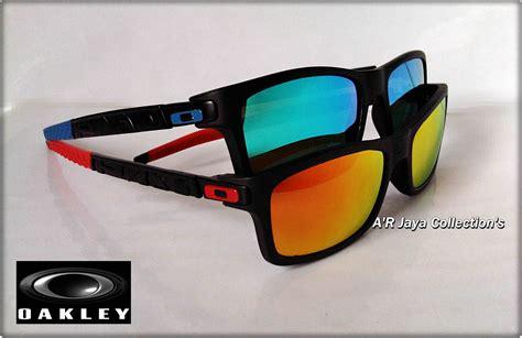Kacamata Sunglasses Rybn Chris Hitam Merah 2 kacamata oakley livestrong currency www tapdance org